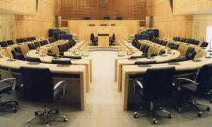Kοινή συνεδρία Επιτροπής Νομικών – Εσωτερικών για τροποποίηση των περί αλλοδαπών, περί γάμου και  περί πολιτικής συμβίωσης νόμων