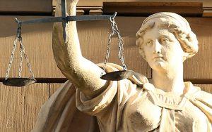 Οι εισηγήσεις του Λεύκου Κληρίδη για τη δικαστηριακή μεταρρύθμιση
