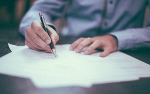 Σχόλιο επί της ενδιάμεσης απόφασης της Aναθεωρητικής Αρχής Προσφορών σε Ιεραρχική Προσφυγή