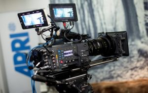 Πρόστιμα και προειδοποιήσεις από Αρχή Ραδιοτηλεόρασης για παραβάσεις νομοθεσίας