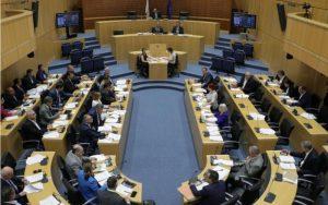 Στην Ολομέλεια νομοσχέδιο που θα καθορίζει τους όρους σύμβασης στην οικοδομική βιομηχανία