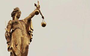Υπάρχει άραγε κράτος δικαίου;