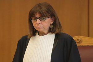 Με 261 ψήφους η  ανώτατη δικαστικός Αικατερίνη Σακελλαροπούλου έγινε η πρώτη γυναίκα Πρόεδρος της Ελληνικής Δημοκρατίας (photos)