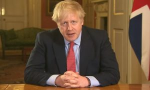 'Lockdown' και στη Βρετανία (vid)