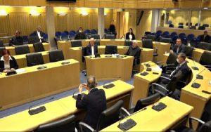 Συνέρχεται στις 17.00 την Τετάρτη εκτάκτως η Ολομέλεια της Βουλής για να ψηφίσει κατ΄επείγοντα νομοθετήματα