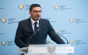 Υπουργός Οικονομικών: Πλάνο σταδιακής άρσης περιορισμών και επανεκκίνησης της οικονομίας