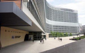 Η Κομισιόν περατώνει τρεις διαδικασίες επί παραβάσει κατά Κύπρου και Ελλάδας