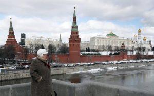 Η ΕΕ καλεί τη Ρωσία να καταδικάσει και να ερευνήσει απειλές κυβερνητικών αρχών της Τσετσενίας κατά δημοσιογράφου