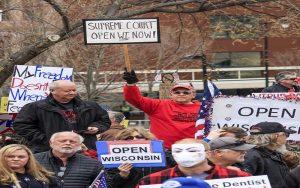Το Ανώτατο Δικαστήριο του Ουισκόνσιν ακύρωσε την απόφαση του κυβερνήτη να παρατείνει το lockdown στην πολιτεία