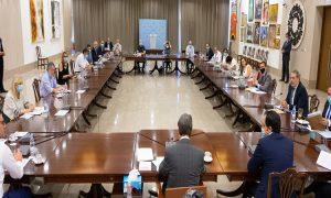 Ολοκληρώθηκε η σύσκεψη με τους επιδημιολόγους – Στο Υπουργικό την Παρασκευή οι τελικές αποφάσεις για αεροδρόμια και ξενοδοχεία
