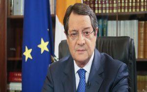ΠτΔ: Την Τετάρτη το νέο πακέτο μέτρων στήριξης της οικονομίας – Η συνέντευξη και η απάντηση της Ελεγκτικής Υπηρεσίας για τις κρατικές εγγυήσεις