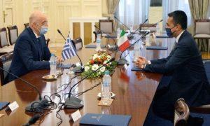 Υπεγράφη η ιστορική συμφωνία οριοθέτησης θαλλασίων ζωνών Ελλάδος- Ιταλίας