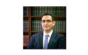 Χαρίλαος Βελάρης: «Nτρεπόμαστε να πάρουμε τους πελάτες μας στο Δικαστήριο»
