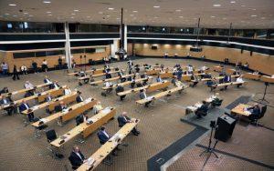 Ομόφωνα αποδεκτές οι αναπομπές των νόμων για πολεοδομικές άδειες και άδειες οικοδομής