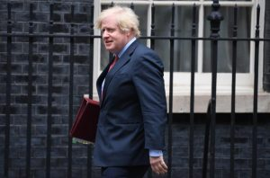 Financial Times : Ο Βρετανός Πρωθυπουργός σχεδιάζει να παρακάμψει μέρη της Συμφωνίας Αποχώρησης του Brexit
