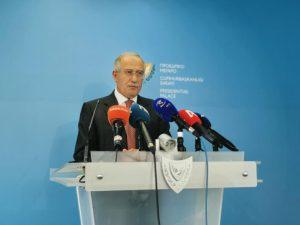 Πρόκληση το ΑΚΕΛ να κατηγορεί Πρόεδρο και Κυβέρνηση με αόριστους ισχυρισμούς για διαφθορά, λέει ο Εκπρόσωπος
