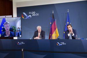 Στην τηλεδιάσκεψη των 27 ΥΠΕΣ, η πρόταση της Κομισιόν για μετανάστευση και άσυλο