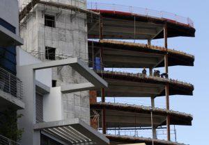 Σταθμός ο νόμος για οικοδομική βιομηχανία, λέει το Υπ. Εργασίας και δίνει λεπτομέρειες