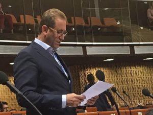 Αυξημένη πίεση προς τα κράτη μέλη για πλήρη συμμόρφωση με τις αποφάσεις του ΕΔΑΔ, ζήτησε ο Λουκαϊδης