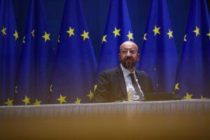Σαρλ Μισέλ: Θα εξετάσουμε νομικά μέσα και μέσα επιβολής για τη διασφάλιση της παροχής εμβολίων στην ΕΕ