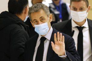 Έτοιμος να προσφύγει στο ΕΔΑΔ για να αποδείξει την αθωότητά του, δηλώνει ο Ν. Σαρκοζί