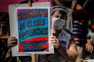 Το Ανώτατο ανέτρεψε διάταγμα του Προέδρου της Αργεντινής για κλείσιμο των σχολείων στο Μπουένος Άιρες