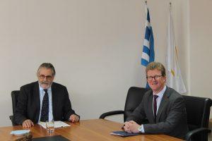 Επίσκεψη του Ύπατου Αρμοστή της Βρετανίας στον Παγκύπριο Δικηγορικό Σύλλογο