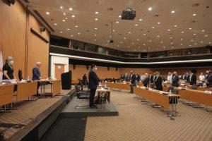 Ομόφωνα η Βουλή ψήφισε εναρμονιστικό νόμο για την εργασία στον τομέα της αλιείας